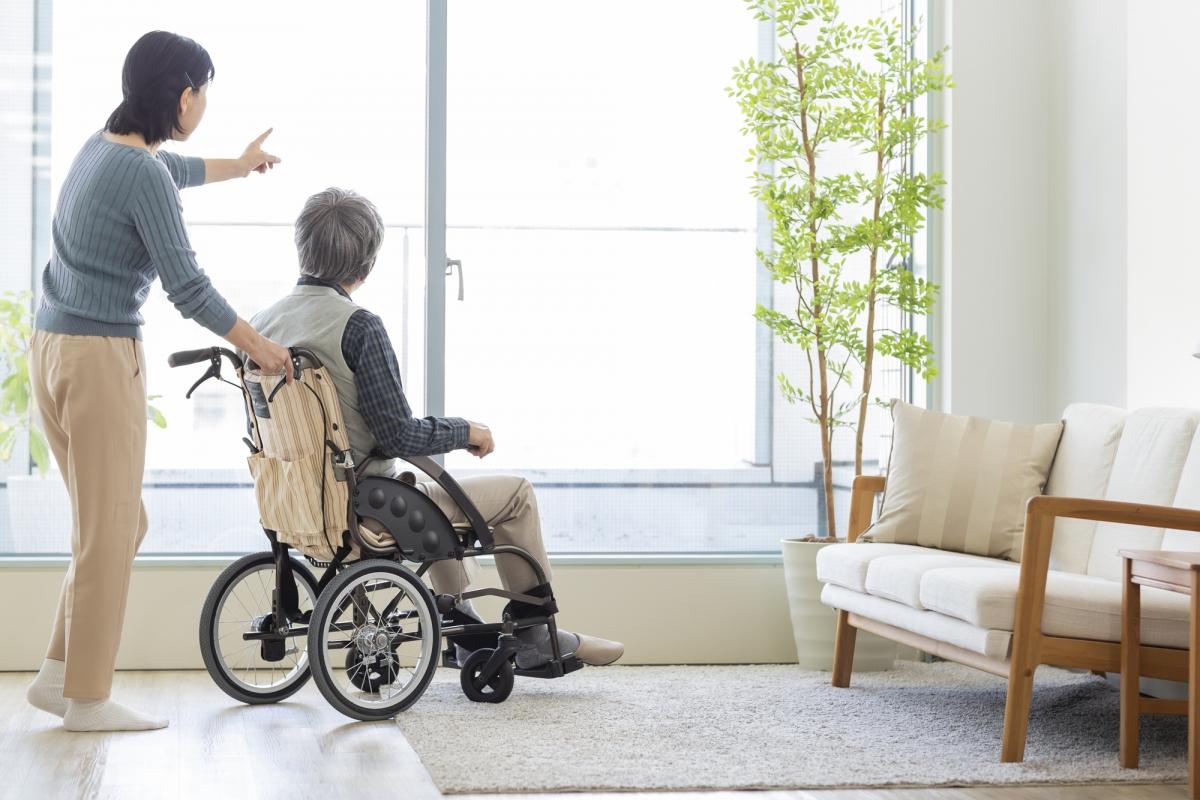 新設の「特別寄与料制度」で 夫の親を介護した妻はどこまで報われる?